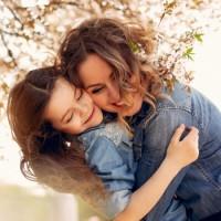 Мама, без ума тебя люблю я - песня про маму