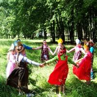 Весенний хоровод - песня о весне
