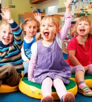 Обожаем мы вас, малыши - песня про детский сад
