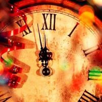 Пока часы двенадцать бьют - новогодняя песня